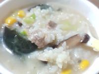 皮蛋玉米瘦肉粥