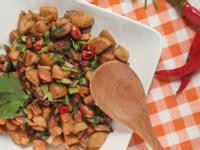 香菇素炒麵腸丁
