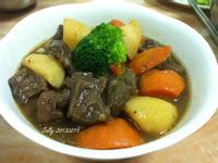 馬鈴薯燉牛肉