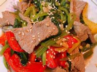 沙茶牛肉炒菠菜