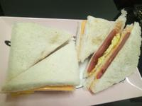 簡易火腿起司蛋三明治♡