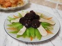 雙菇迎翠慶好年(雙菇燴長年菜)