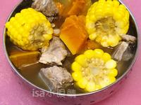 南瓜玉米排骨湯