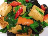 蒜苗燒豆腐