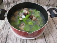 芥菜蛤蠣香菇雞湯