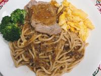 蘑菇豬排鐵板麵