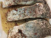 生酮版地中海式羽衣甘藍鱸魚排
