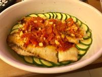 茄醬烤櫛瓜鯛魚排