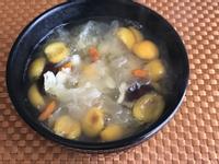 銀耳枇杷湯