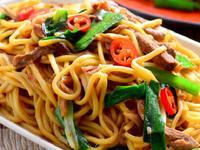 蒜香中式炒麵