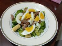綠花椰豬肉溫沙拉