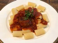紅醬牛肉丸義大利麵
