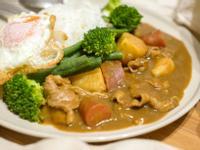 牛肉咖哩飯(濃厚小秘訣提供
