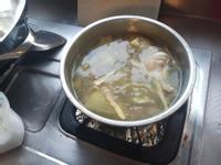 正子酸菜雞湯