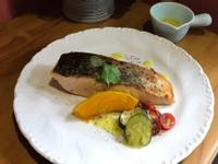檸香奶油鮭魚排