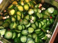 懶人料理:夏日涼拌小黃瓜簡單做