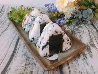 早餐系列-海苔肉鬆三角飯糰