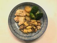 不沾鍋料理|起司雞胸肉佐洋菇鮮蔬(低醣)