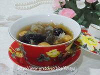 [悶燒鍋料理]美魔女必喝--銀耳紅棗蓮子湯