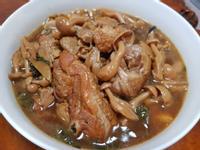 鴻禧菇炒雞腿肉