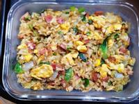便當菜:火腿蛋炒糙米飯(小七簡便炒飯)