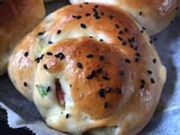 鮮奶油蔥花培根起司丁麵包