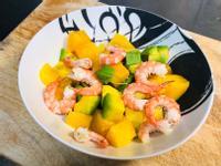 水煮蝦芒果酪梨沙拉