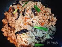 蠔油肉末燴金針菇
