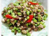 四季豆炒香菇丁絞肉