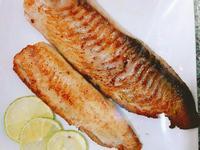 檸香椒鹽鯛魚