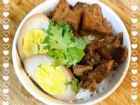 五香滷肉飯