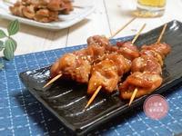 香烤味噌雞肉串。烤箱料理