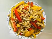 營養滿分:彩椒菇菇炒洋蔥