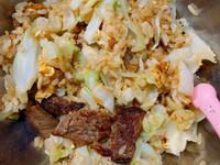 清脆高麗菜肉片炒飯