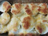 超簡易焗烤蕃茄醬鮪魚水煮蛋螺旋麵