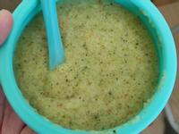 副食品-蔬菜蛋黃粥