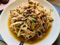 沙茶金針菇炒肉絲