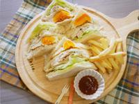 簡單好吃「燻雞三明治」健康滿滿 ♪