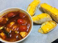 一人食-香烤法棍佐油漬菇番茄醬