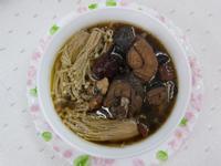 飛利浦萬用鍋~八珍烏骨雞湯~中華二門市