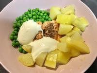 馬鈴薯烤鮭魚英國學餐復刻