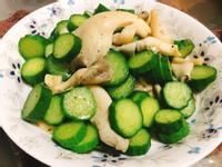 小黃瓜炒秀珍菇