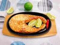 香煎鮭魚(水波爐料理)