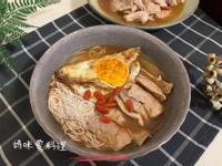 麻油松阪豬豆腐麵