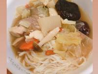 蒜頭蛤蠣香菇雞湯(麵線)