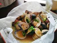 紙包黑蒜蒸蛤蜊