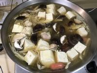 高纖醬油風味雞湯豆腐鍋