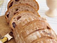 紅棗黑芝麻麵包