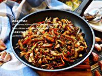 蔥頭蘑菇炒雞肉