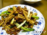 簡單的下酒菜-魷魚抄豆干
